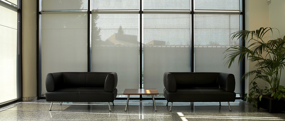 High-quality screen and mesh fabric for windows and outdoor applications
